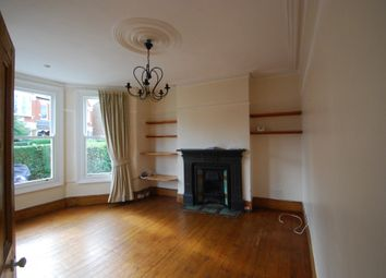 2 bed maisonette to rent in Albert Road, Alexandra Park N22