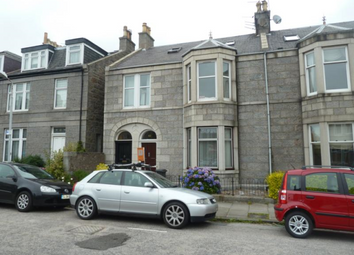 Thumbnail 2 bed flat to rent in Stanley Street, Aberdeen AB10,