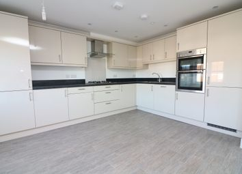 Thumbnail 2 bed flat to rent in Willowbank, Sandwich