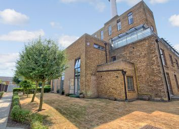 Thumbnail 3 bed flat for sale in Pollards Close, Rochford