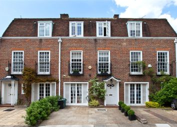 Thumbnail 4 bed detached house to rent in Abbotsbury Close, London