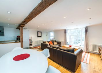 Thumbnail 2 bed maisonette for sale in Barnsbury Road, London