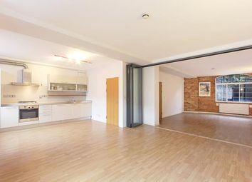 Thumbnail 2 bed flat to rent in Blue Anchor Lane, London