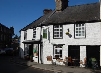 Thumbnail Restaurant/cafe for sale in Builth Wells, Mid Wales