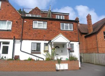 Thumbnail 1 bed flat to rent in The Avenue, Camberley