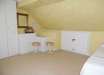 Thumbnail Room to rent in Seymour Avenue, Morden