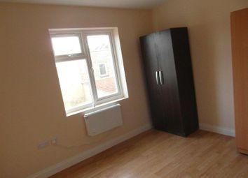 Thumbnail Studio to rent in Woodlands Road, Ilford
