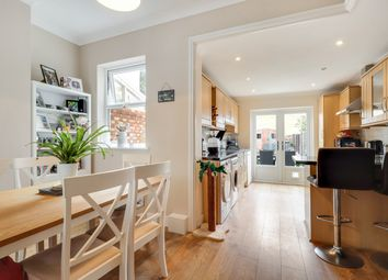 The Grove, Southend SS2. 2 bed terraced house