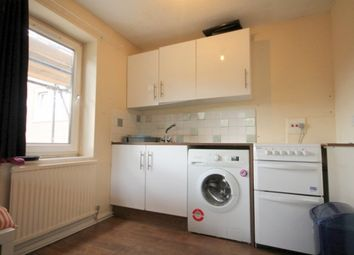 Thumbnail 2 bedroom flat to rent in Cowdenbeath Path, King's Cross, London