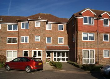 Thumbnail 2 bed flat for sale in Green Lane, Windsor