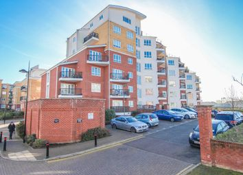 Thumbnail 1 bedroom flat for sale in The Gateway, Watford