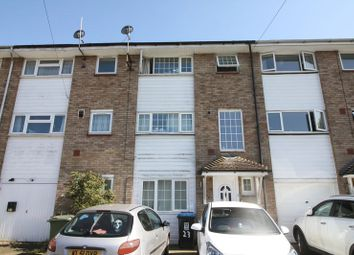 Thumbnail Room to rent in Malvern Way, Hemel Hempstead