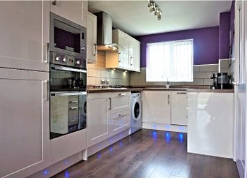 Thumbnail 4 bed flat to rent in Clayton Street, London
