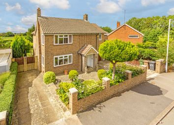 Thumbnail 3 bed detached house for sale in Fairford Avenue, Luton