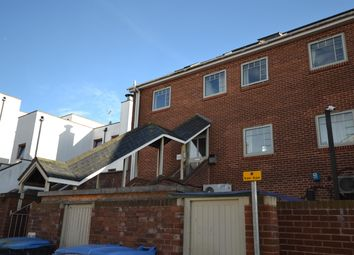 2 bed flat to rent in William Court, Acland Road, Exeter EX4