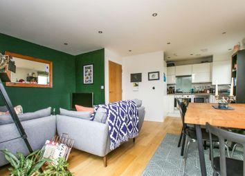 Qualia House - Sanderstead Road, South Croydon CR2. 2 bed flat for sale