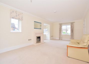 3 bed property for sale in Durrants Drive, Faygate, West Sussex RH12