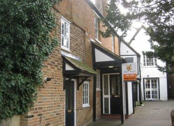 Thumbnail 1 bed flat to rent in Union Street, Newport Pagnell, Bucks