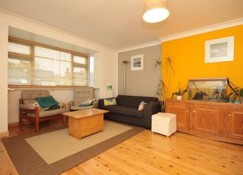 Thumbnail 2 bed flat to rent in Woodlands Close, Oxford