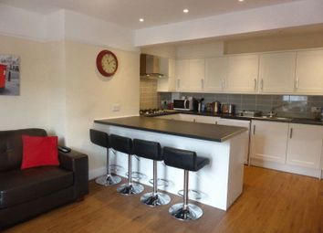 Thumbnail Room to rent in Lincoln Road, Guildford