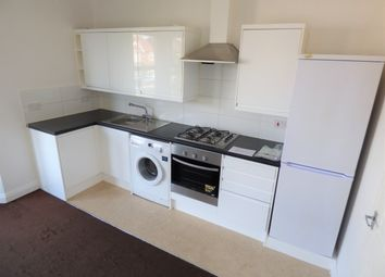 1 bed flat to rent in Aldborough Road South, Ilford IG3