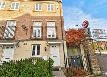 Thumbnail 4 bed town house to rent in Fleming Way, Exeter