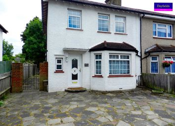 3 bed semi-detached house to rent in Lavender Gardens, Enfield EN2