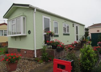 Thumbnail 1 bed mobile/park home for sale in Dengrove Park, Shalloak Road (Ref 5664), Broadoak, Canterbury, Kent