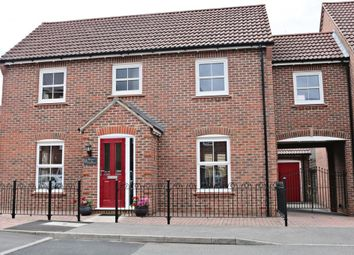Thumbnail 4 bed link-detached house for sale in Rowner Crescent, Sherfield-On-Loddon, Hook
