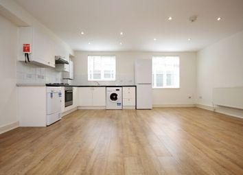 Thumbnail 2 bed duplex to rent in Perry Hill, Catford