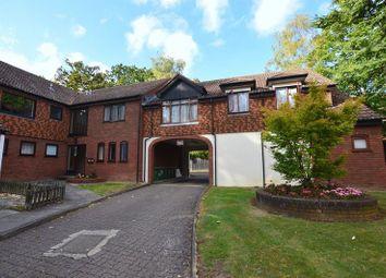 Thumbnail 1 bed flat to rent in Oakdene Close, Hatch End, Pinner