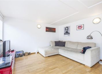 Thumbnail 3 bedroom flat to rent in Edison, Millenium Harbour E14, Canary Wharf,