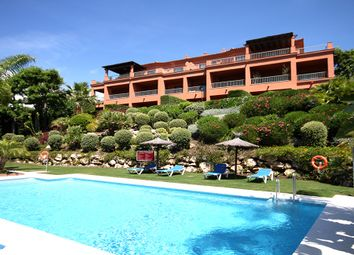 Thumbnail 3 bed apartment for sale in Spain, Andalucia, Estepona, Ww81014B