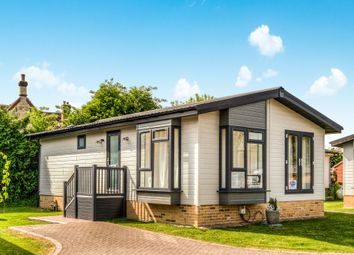 Thumbnail 2 bed mobile/park home for sale in West Side, North Littleton, Evesham