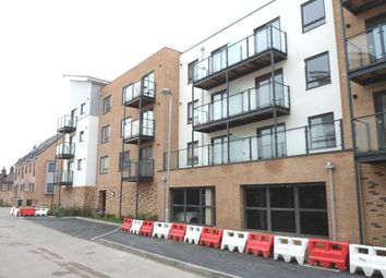 Thumbnail 2 bedroom flat to rent in Creek Mill Way, Dartford