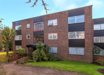 3 bed flat for sale in The Heights, Loughton, Essex IG10