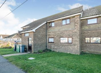 Saunders Way, Camber, Rye, East Sussex TN31. 2 bed flat for sale