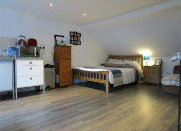 Thumbnail Studio to rent in Chalk Hill, Watford, Hertfordshire