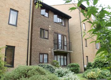 1 bed property to rent in The Rowans, Woking GU22