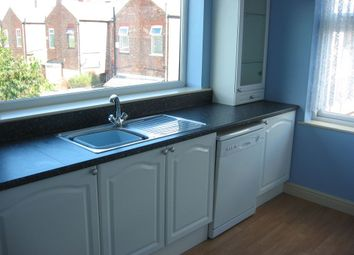 Thumbnail 2 bed flat to rent in Green Lane, Sale