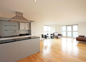 Thumbnail 2 bed flat to rent in Southgate Road, Shoreditch