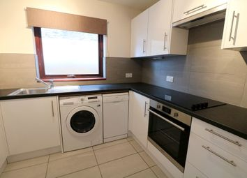 Thumbnail 2 bed flat to rent in Thornlaw Road, London