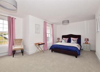 Thumbnail 5 bed end terrace house for sale in Radnor Park Avenue, Folkestone, Kent