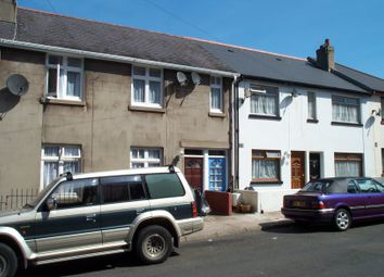 Thumbnail 2 bedroom flat to rent in Princes Road East, Torquay