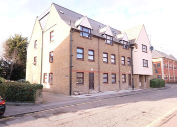 Thumbnail 1 bed flat to rent in Glebe Road, Chelmsford, Chelmsford