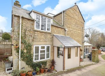 Thumbnail 3 bed cottage for sale in Chipping Norton, Oxfordshire