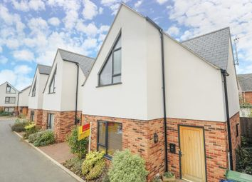 Thumbnail 2 bedroom detached house to rent in Temple Mews, East Oxford