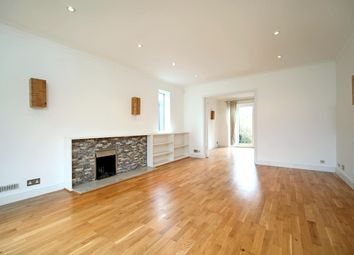 Thumbnail 5 bed detached house to rent in Amersham Hill Gardens, High Wycombe, Buckinghamshire