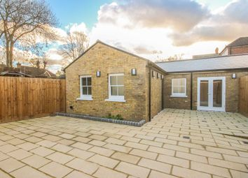 Thumbnail 1 bedroom bungalow to rent in High Street, Thames Ditton