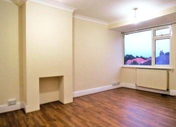Thumbnail 2 bed flat to rent in Sherwood Park Avenue, Sidcup